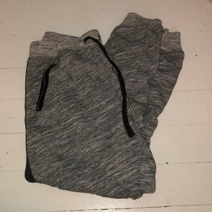 Abercrombie & Fitch: Grey Joggers